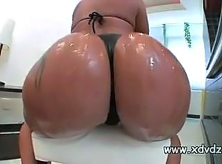 Latina Wonder Monica Santhiago Oils Her Magnificient Booty And Shakes It Up And Down
