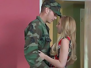 Military man fucks Lexi Belle