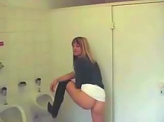 Blonde Pissing Toilet