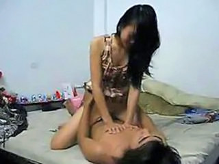 Amateur thailand girlfriend fuck in room
