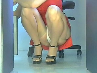 "Office girl squatting upskirt"" target=""_blank"
