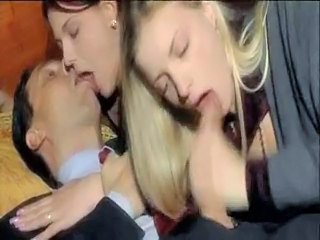 Blowjob Clothed European Groupsex Italian Kissing Threesome