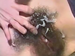 Close up Cumshot Hairy Vintage Wife