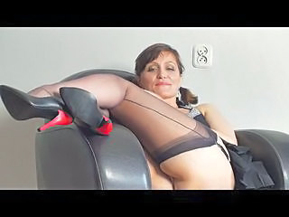 Brunette Mature Stockings Upskirt