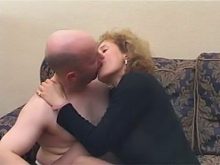 Amateur Blonde British Kissing MILF