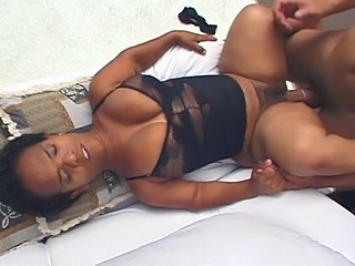 Amateur Sex Movie With A Short Ebony Slut And A White Cock