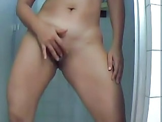 Amateur Masturbating Pussy Shaved Showers Young
