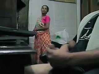 Amateur Handjob Indian Maid Mature