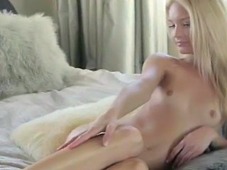 blonde solo jerking off