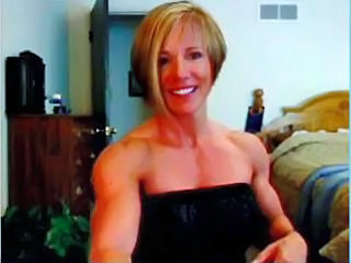 Amateur Blonde MILF Muscled
