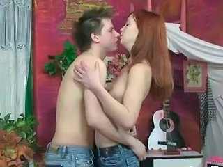 Cute Jeans Redhead Sister Teen Young