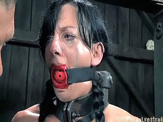 Infernal Restraints - Elise Grav...