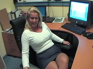 Amateur MILF Office Secretary Skirt