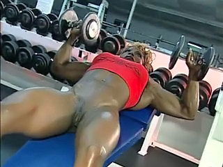 Ebony MILF Muscled Pussy Shaved