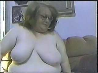 Fat nerdy babe gives head and takes pounding