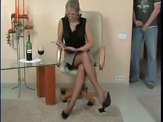 Amateur Drunk Feet Glasses Mature Mom Pantyhose