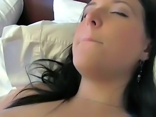 Boyfriend fucks and films his girlfriend