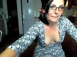 Brunette Glasses Small Tits Teen Webcam