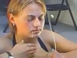 Blond Bukkake Ansigt Teenager