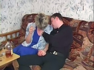 Amateur Drunk Mature Mom Russian