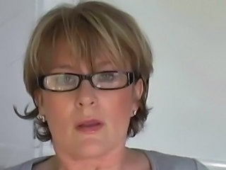Amateur Glasses Masturbating Mature