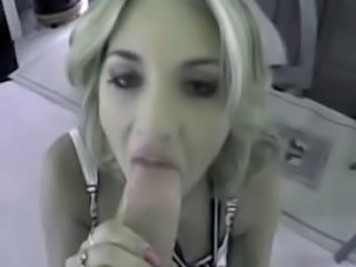 Britney Spears plays and sucks cock