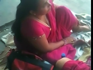Bus Indian MILF Voyeur
