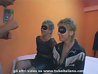 Amateur Italian Mature Threesome