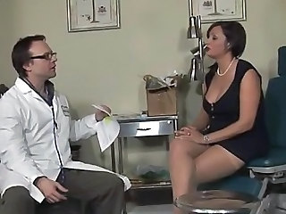 Big Tits Blowjob Brunette Doctor MILF Uniform