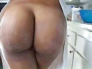 Ass Kitchen MILF