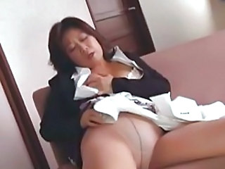 Asian Chubby Masturbating Mature Pantyhose