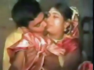 Amateur Asian Indian Kissing Wife