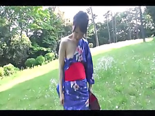 38 yo Hitomi Ookubo likes sex outside but goes in to get drilled