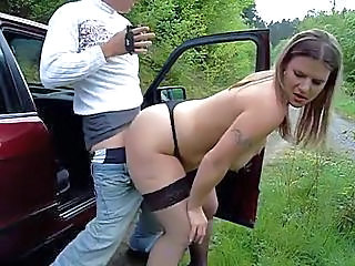 After Oral He Fucks Her On The Side Of The Road
