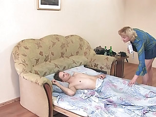 Amateur Blonde MILF Russian