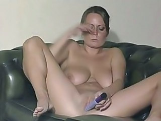 Amateur Big Tits British European Masturbating MILF Natural SaggyTits Solo Toy