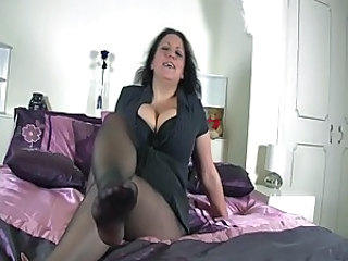 Big Tits Cute Feet Mature Pantyhose