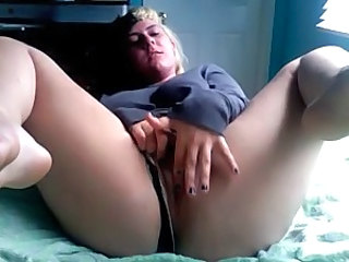 Chubby Girlfriend Masturbating Webcam