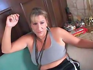 Mature blonde gets sport and fuck
