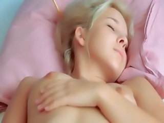Babe Cute Masturbating Sleeping