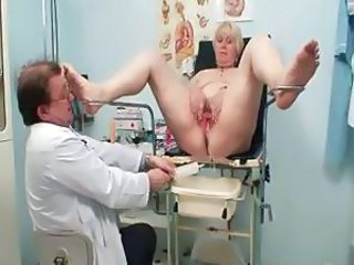 Blonde grandma receives her vagina examed