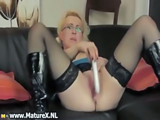 Horny golden-haired housewife with glasses part1
