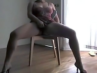 Amateur Masturbating MILF Orgasm Squirt