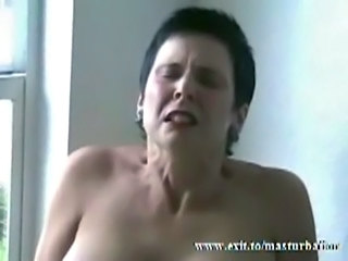 Amateur Brunette Masturbating Mature