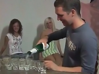 Drunk college girls go for hardcore party sex
