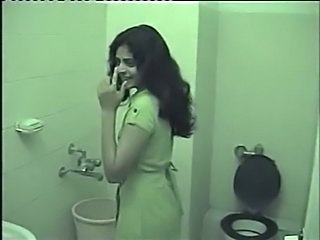 Amateur Indian Teen Toilet