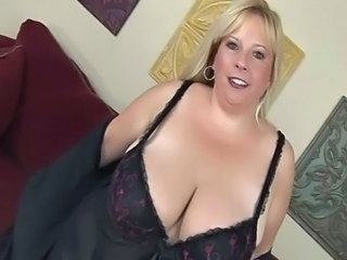BBW Big Tits Blonde Mature Natural SaggyTits