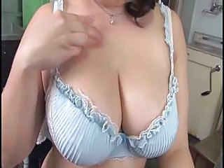 Big Tits Lingerie MILF Mom Natural