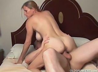 Amateur Big Tits Mature Natural Riding