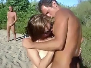Amateur Kissing Outdoor Swingers Teen Threesome